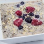 "2 Ways to Make the Vegan Overnight Oatmeal and 1 ""Secret"" Ingredient"