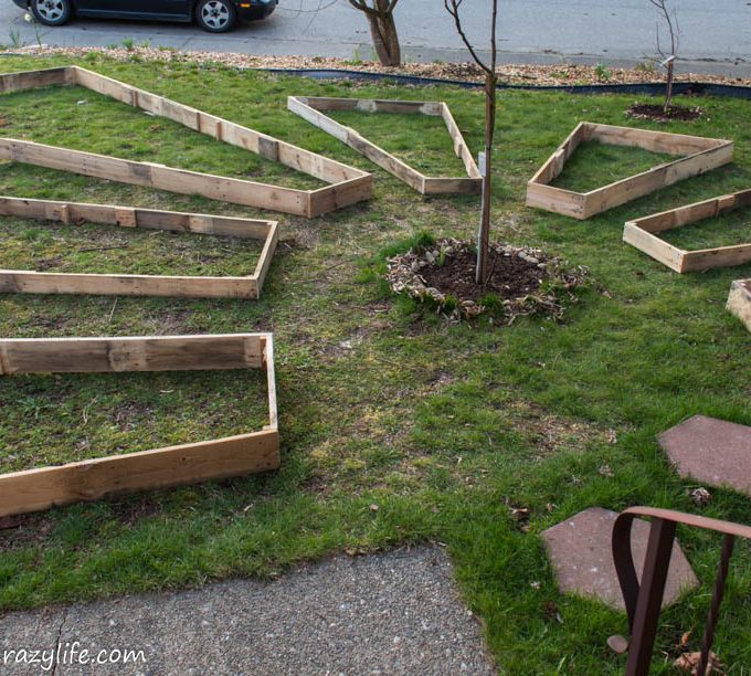 Learn how to build irregular shape raised garden beds with this easy tutorial.