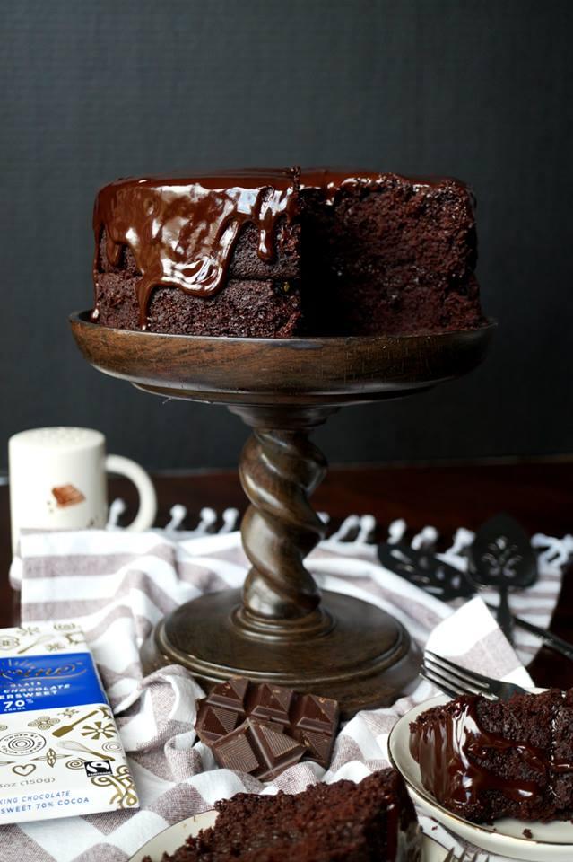 #Choctoberfest 2018 best vegan recipes - vegan dark chocolate Sacher Torte
